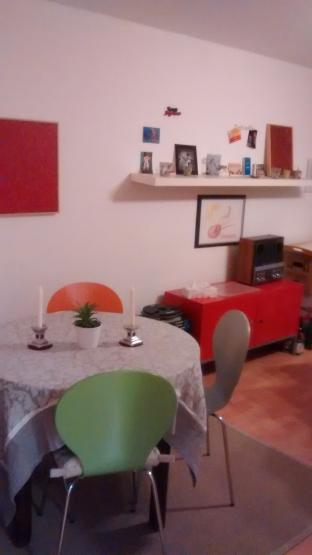 helle zentral gelegene 1 zimmer wohnung in holsterhausen. Black Bedroom Furniture Sets. Home Design Ideas
