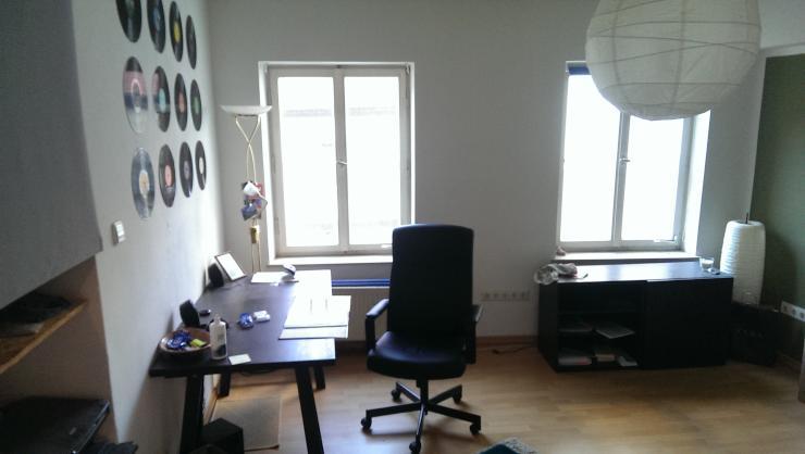 zimmer im herzen der altstadt wg zimmer in regensburg innenstadt. Black Bedroom Furniture Sets. Home Design Ideas