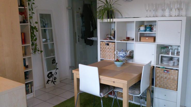 helle 1 zimmer wohnung in zentaler lage 1 zimmer wohnung in k ln altstadt nord. Black Bedroom Furniture Sets. Home Design Ideas