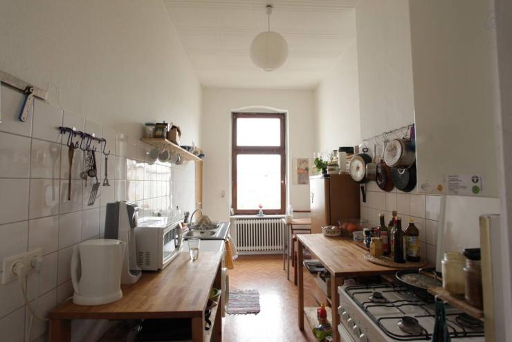 m bliert zimmer im ruhige wohnung m bliertes zimmer berlin wedding. Black Bedroom Furniture Sets. Home Design Ideas