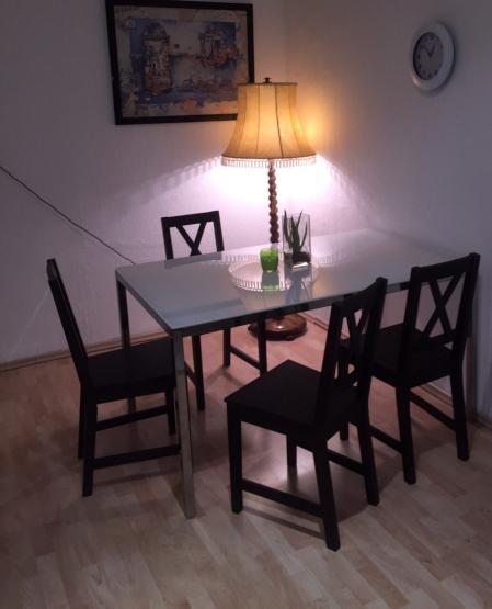 m bliertes wg zimmer im zentrum von d sseldorf wg zimmer. Black Bedroom Furniture Sets. Home Design Ideas