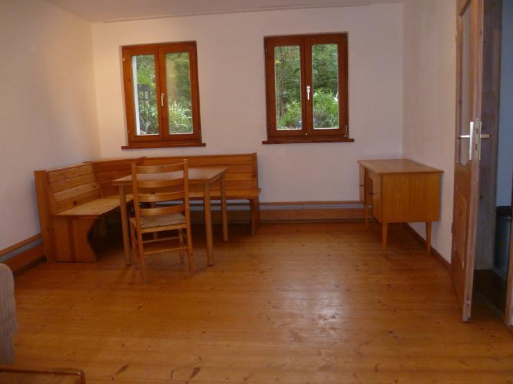 g nstige wohnung im umland 1 zimmer wohnung in. Black Bedroom Furniture Sets. Home Design Ideas