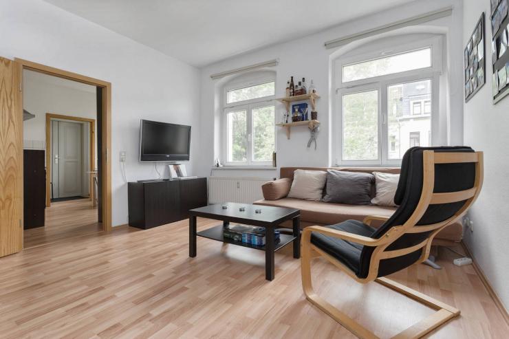 helle 2 zimmer wohnung im herzen der neustadt wohnung in dresden neustadt. Black Bedroom Furniture Sets. Home Design Ideas