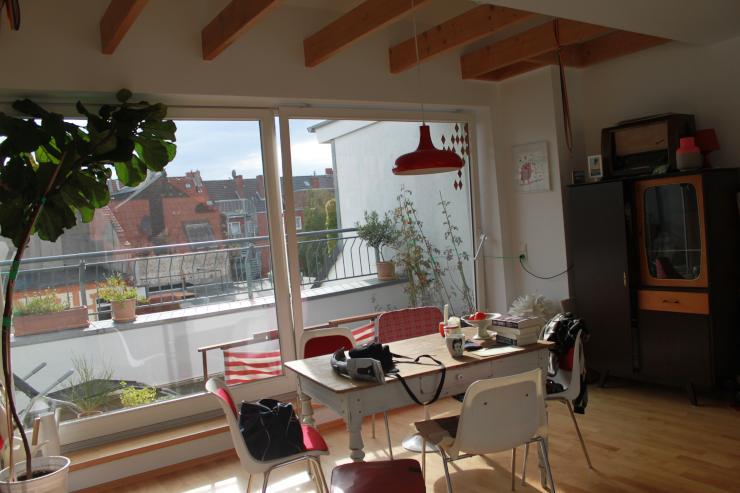 wundersch ne loftartige 81 m2 wohnung zur zwischenmiete wohnung in k ln neuehrenfeld. Black Bedroom Furniture Sets. Home Design Ideas