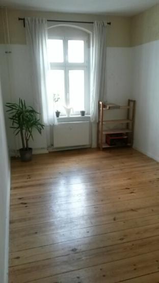 18qm zimmer in moabit oktober bis ende dezember wg suche berlin tiergarten. Black Bedroom Furniture Sets. Home Design Ideas