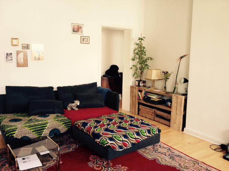 sch nes zimmer in wg mit kind offener k che zwei balkonen und bw wgs berlin friedrichshain. Black Bedroom Furniture Sets. Home Design Ideas