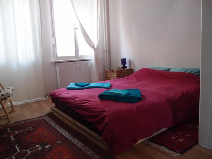tausche tolle 3 zimmer garten wohnung gegen schillerkiez 2 zimmer wohnung in berlin neuk lln. Black Bedroom Furniture Sets. Home Design Ideas