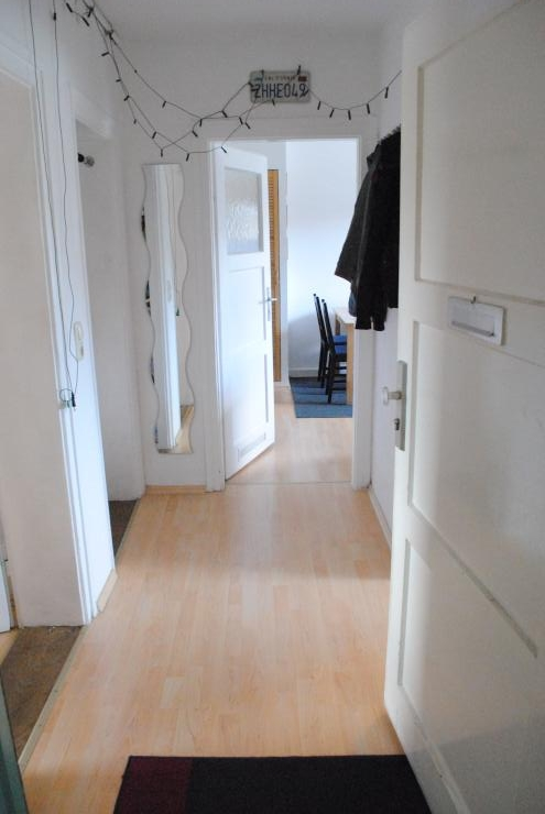 12qm zimmer in 2er wg wg regensburg ostenviertel. Black Bedroom Furniture Sets. Home Design Ideas