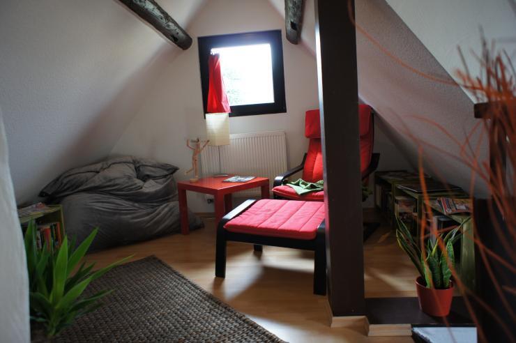 kleines s es fachwerkhaus 10 min zur uni haus in koblenz metternich. Black Bedroom Furniture Sets. Home Design Ideas