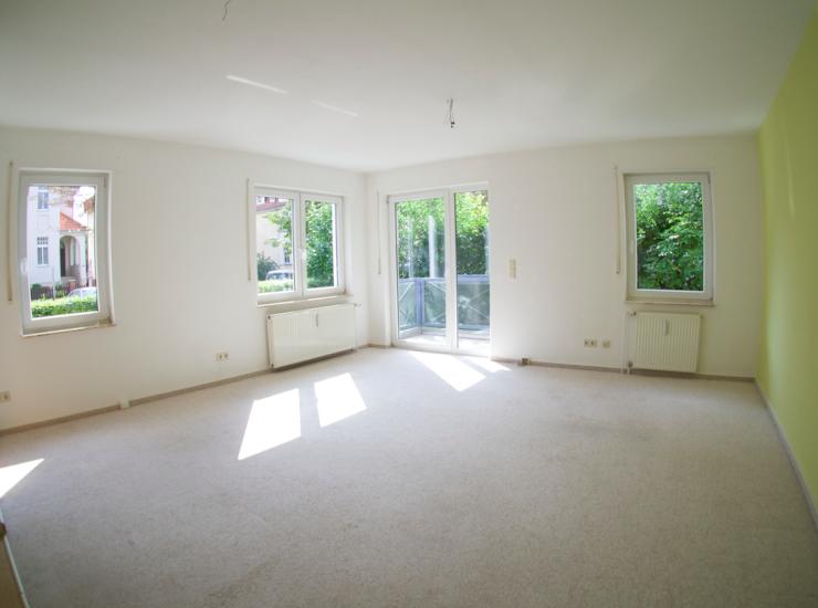 helle 2 raum wohnung im eg 43 qm mit balkon wohnung in. Black Bedroom Furniture Sets. Home Design Ideas