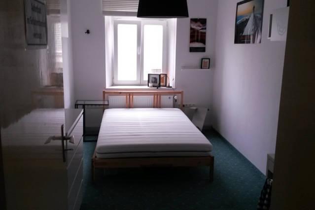 top zimmer in berragender studenten wg n he hotelturm altbau wg zimmer in augsburg antonsviertel. Black Bedroom Furniture Sets. Home Design Ideas