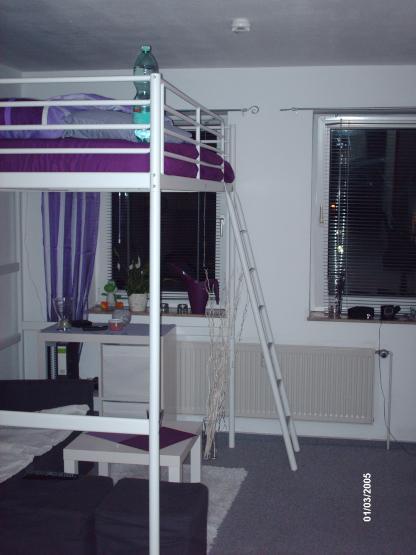 g nstiges und gutes zimmer in ruhiger lage 1 zimmer wohnung in kiel kronshagen. Black Bedroom Furniture Sets. Home Design Ideas