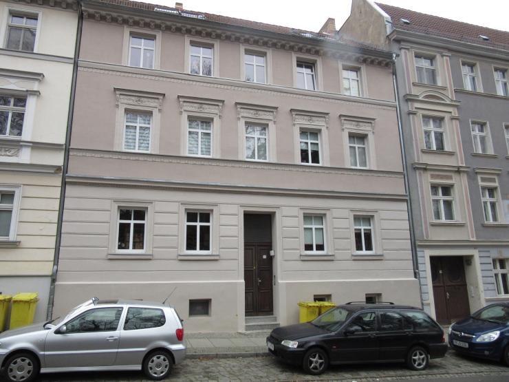 1 zimmer dachgeschosswohnung 1 zimmer wohnung in frankfurt oder altberesinchen. Black Bedroom Furniture Sets. Home Design Ideas