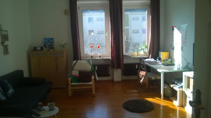 m biliertes wg zimmer osterviertel wohngemeinschaft in regensburg ostenviertel. Black Bedroom Furniture Sets. Home Design Ideas