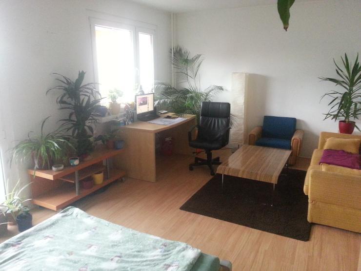 g nstige studentenwohnung mit allem drum und dran 1. Black Bedroom Furniture Sets. Home Design Ideas