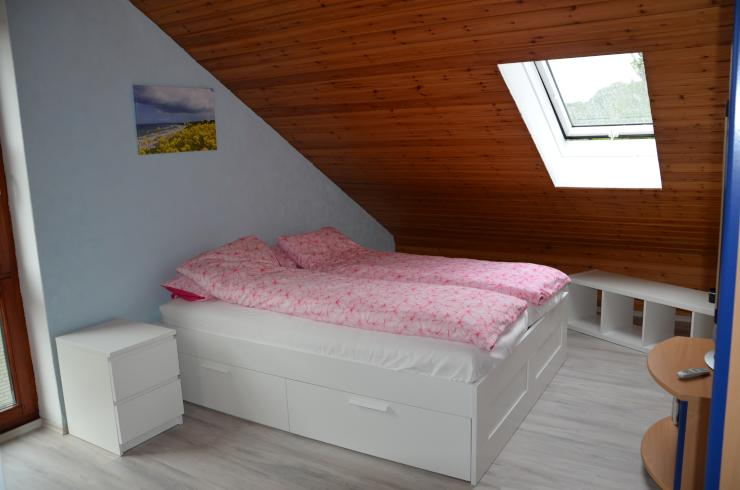helles m bliertes zimmer in kieler vorort zu vermieten zimmer m bliert kiel vorstadt. Black Bedroom Furniture Sets. Home Design Ideas