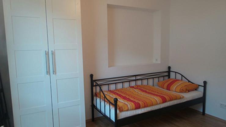 m bliertes zimmer in super sch ner neubau wohnung in frbg vauban wohngemeinschaft in freiburg. Black Bedroom Furniture Sets. Home Design Ideas