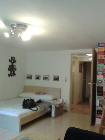 g nstige und sehr zentral gelegene 1 zimmerwohnung in s lz. Black Bedroom Furniture Sets. Home Design Ideas