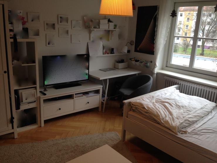 m bliertes 15 qm zimmer mit zentraler lage wg zimmer in regensburg ostenviertel. Black Bedroom Furniture Sets. Home Design Ideas