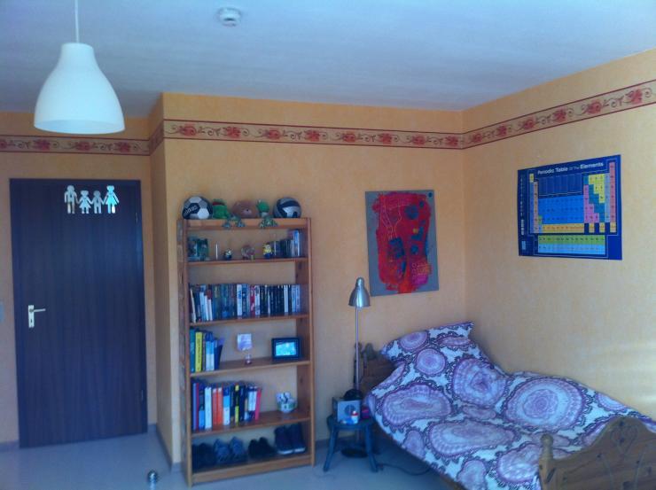 mitbewohnerin f r gro es helles zimmer in bornheim sechtem zwischen bonn und k ln sch n. Black Bedroom Furniture Sets. Home Design Ideas