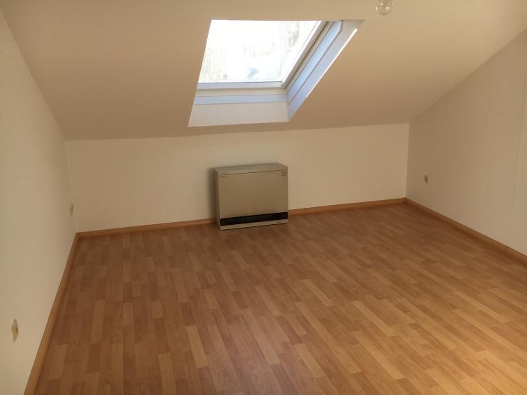 sch ne 1 zimmerwohnung mit separater k che neu renoviert 1 zimmer wohnung in pforzheim oststadt. Black Bedroom Furniture Sets. Home Design Ideas