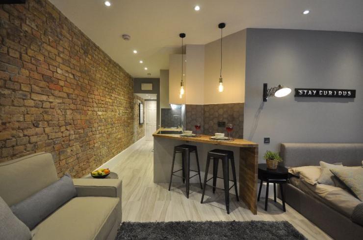 neu renovierte studios in zentral london m biliert alles inkl 1 zimmer wohnung in london. Black Bedroom Furniture Sets. Home Design Ideas
