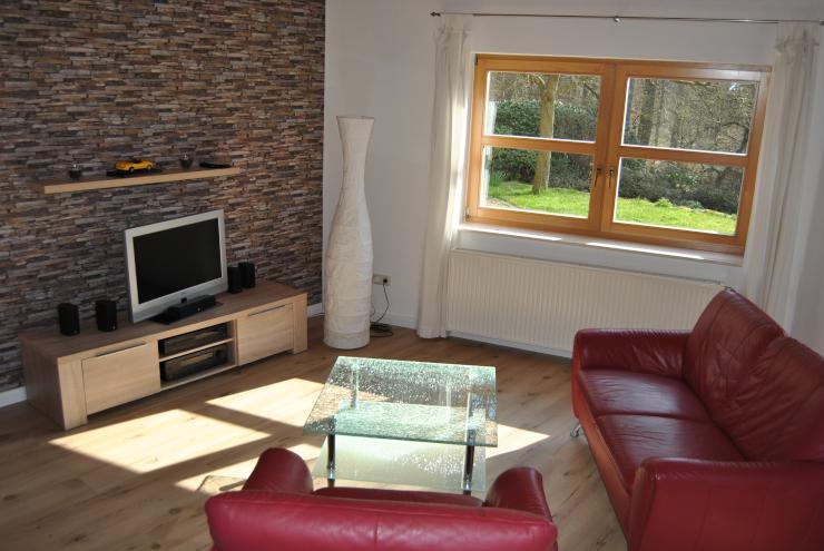 wohnen auf zeit in mr bauerbach wohnung in marburg. Black Bedroom Furniture Sets. Home Design Ideas
