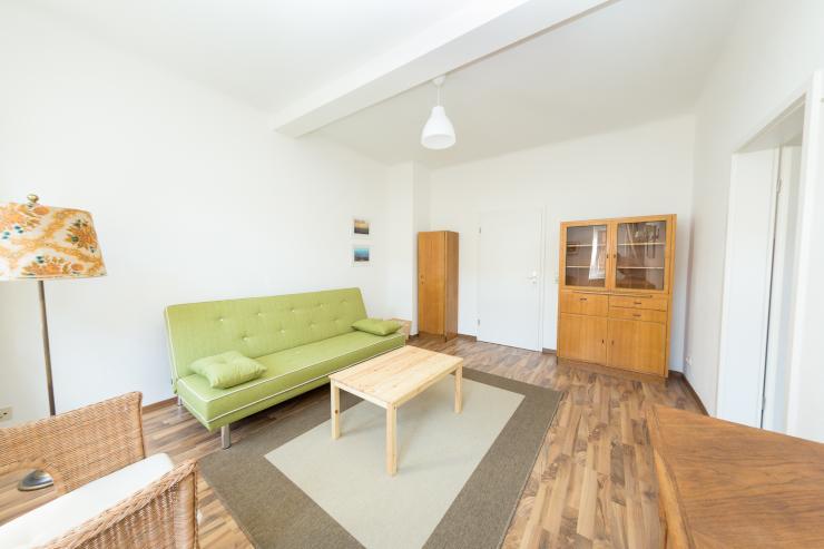 komplett m blierte wohnung leipzig west an der spinnerei wohnung in leipzig plagwitz. Black Bedroom Furniture Sets. Home Design Ideas