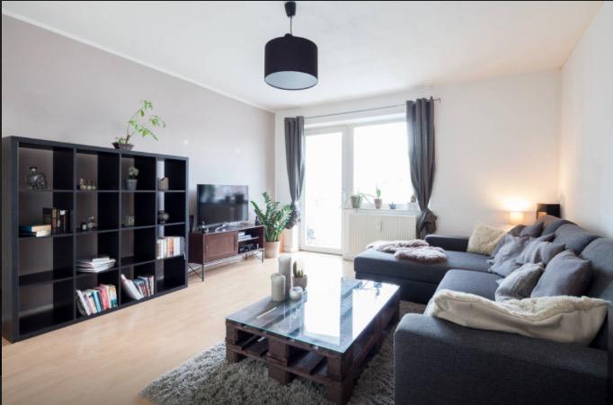 sch ne 2 zimmer wohnung in schwabing zur zwischenmiete wohnung in m nchen schwabing west. Black Bedroom Furniture Sets. Home Design Ideas