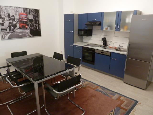 5er studenten wg in einfamilienhaus m bliert m bliertes. Black Bedroom Furniture Sets. Home Design Ideas