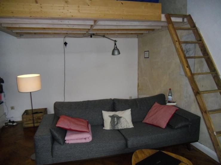 sch ne helle 1 zimmer wohnung zur zwischenmiete 1 zimmer wohnung in kassel s d. Black Bedroom Furniture Sets. Home Design Ideas