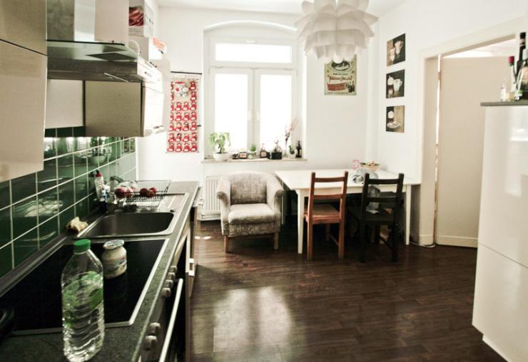 2 zimmer kbb altbauwohnung im bielefelder westen n he siggi wohnung in bielefeld innenstadt. Black Bedroom Furniture Sets. Home Design Ideas