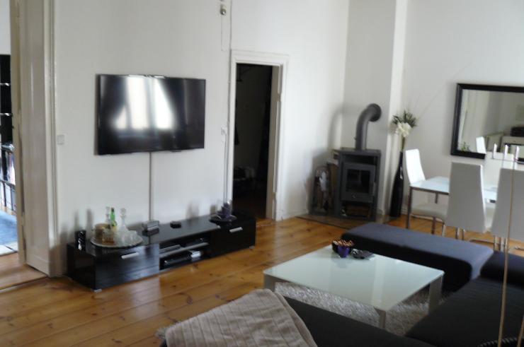 loftartige altbausch nheit wohnung in berlin charlottenburg. Black Bedroom Furniture Sets. Home Design Ideas