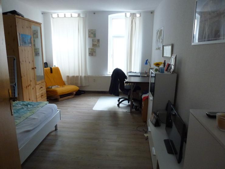 gem tliche m blierte 1 zimmer wohnung in zentraler lage 1 zimmer wohnung in erfurt. Black Bedroom Furniture Sets. Home Design Ideas
