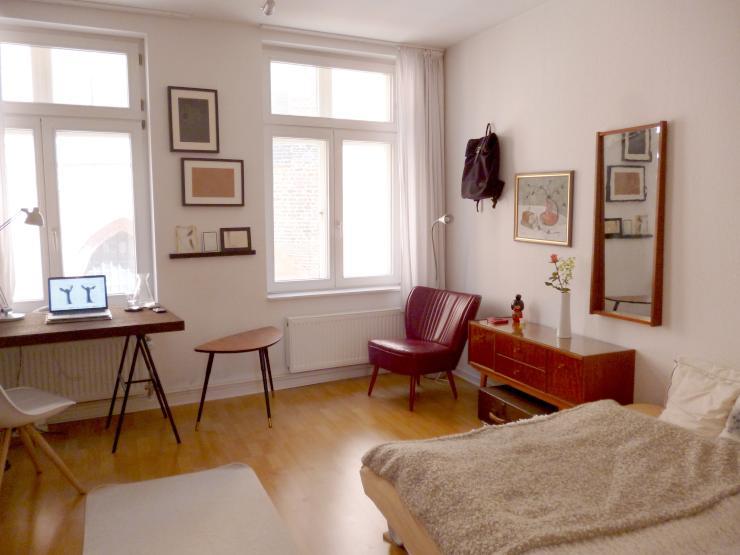 helle 1 zimmer wohnung in der innenstadt 1 zimmer wohnung in l neburg l neburg. Black Bedroom Furniture Sets. Home Design Ideas