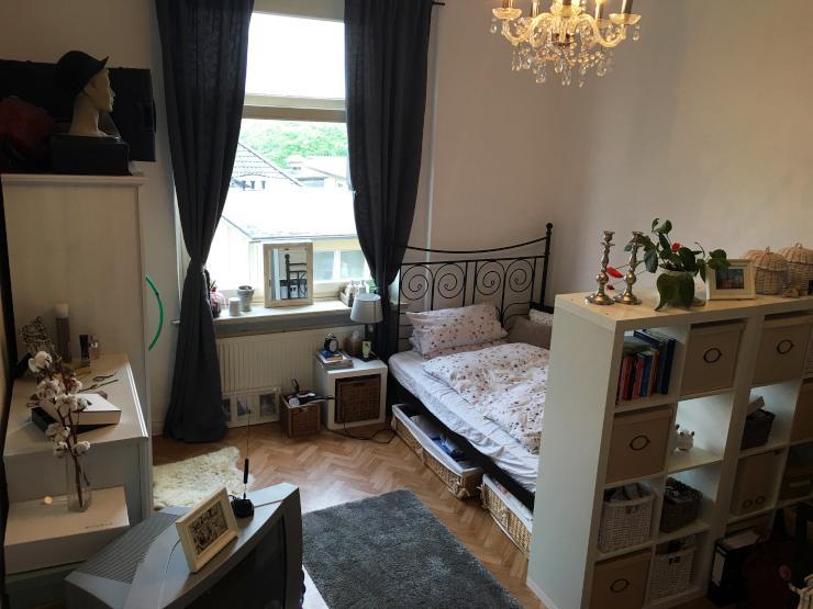entspannte wg am schwarzen b ren sucht neue mitbewohnerin. Black Bedroom Furniture Sets. Home Design Ideas