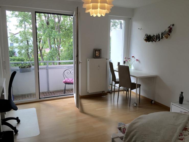 Helle 1 zimmer wohnung am galgenberg mit balkon zur for Wohnung zur zwischenmiete