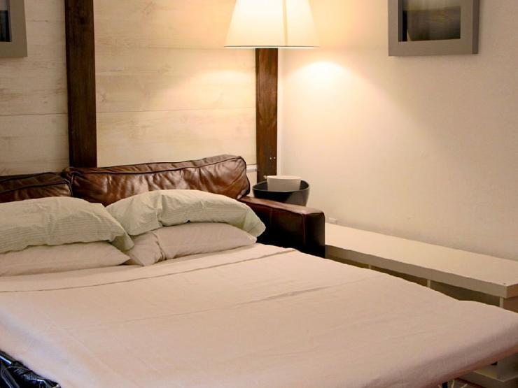 2 schlafzimmer 1 badezimmer queen size schlafsofa wohnung in oldenburg innenstadt. Black Bedroom Furniture Sets. Home Design Ideas