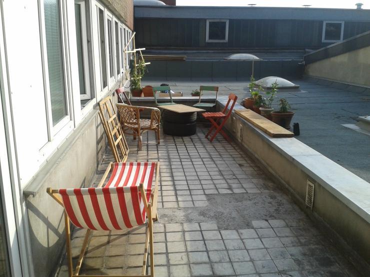 zwischenmieter in f r tolles wg zimmer mitten in ehrenfeld. Black Bedroom Furniture Sets. Home Design Ideas
