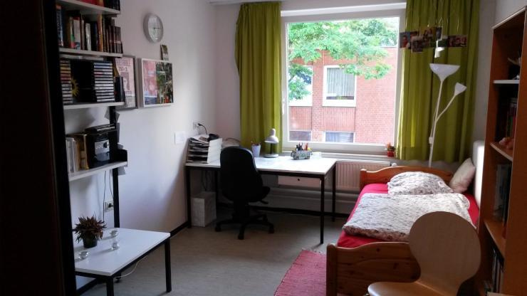 zwischenmiete im wohnheim alte fabrik bis ende dez jan feb zimmer m bliert osnabr ck w ste. Black Bedroom Furniture Sets. Home Design Ideas