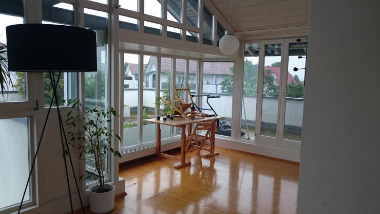 wg zimmer in sch ner penthauswohnung wg biberach an der ri. Black Bedroom Furniture Sets. Home Design Ideas