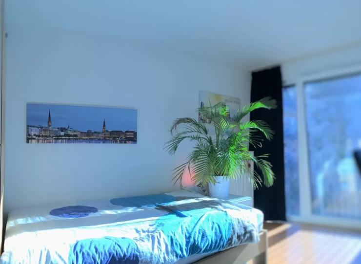 1 zimmer wohnung in spitzenlage 1 zimmer wohnung in m nchen maxvorstadt. Black Bedroom Furniture Sets. Home Design Ideas