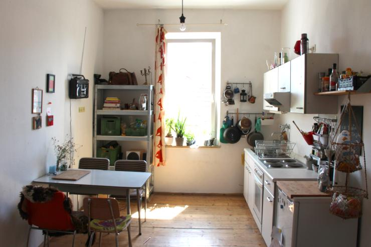 2 zi wohnung im sch nen gostenhof zwischenmiete wohnung in n rnberg gostenhof. Black Bedroom Furniture Sets. Home Design Ideas