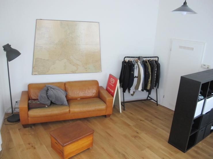 helle altbau 1 zimmer wohnung im agnesviertel 1 zimmer wohnung in k ln agnes viertel. Black Bedroom Furniture Sets. Home Design Ideas