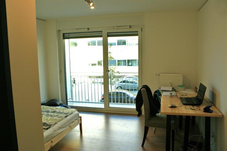 nagelneues studentenappartment uni flora 1 zimmer wohnung in regensburg ostenviertel. Black Bedroom Furniture Sets. Home Design Ideas