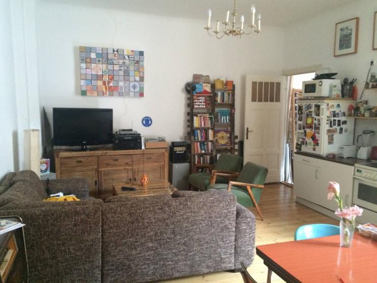 wohnung zur zwischenmiete wohnung in berlin prenzlauer berg. Black Bedroom Furniture Sets. Home Design Ideas