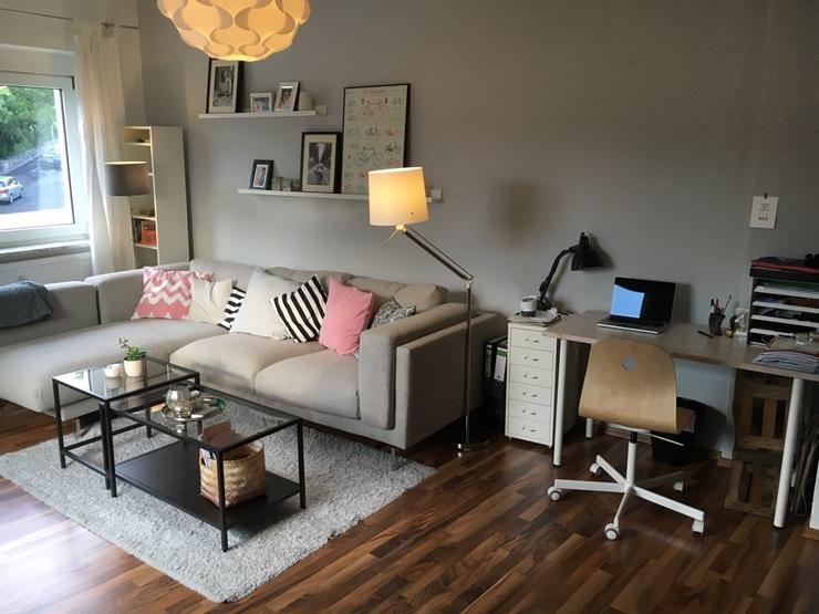 2 zimmerwohnung kliniknah f r wg oder p rchen wohnung in w rzburg gromb hl. Black Bedroom Furniture Sets. Home Design Ideas