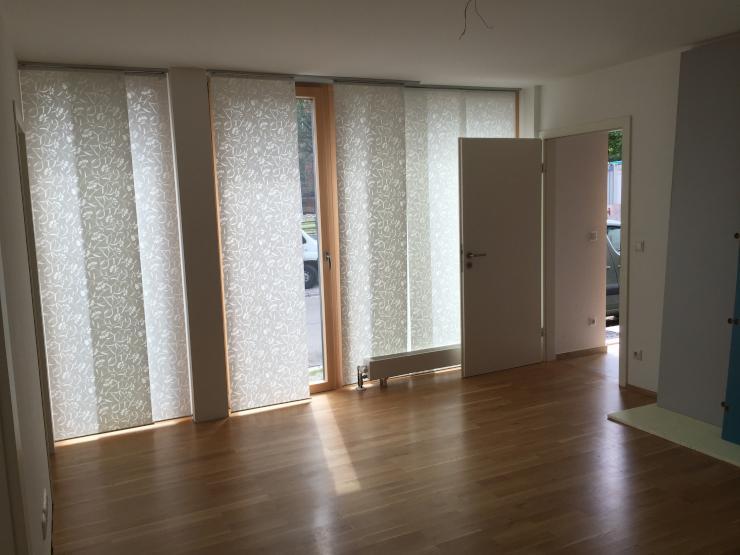 sch ne 2 zimmer wohnung n he b300 und a8 wohnung in aichach friedberg unterschneitbach. Black Bedroom Furniture Sets. Home Design Ideas