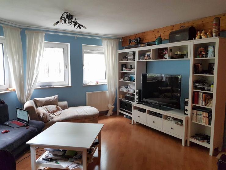 sch ne gem tliche wg mit offener k che 400 warm m bel und extra b ro hobbyraum vorhanden wg. Black Bedroom Furniture Sets. Home Design Ideas
