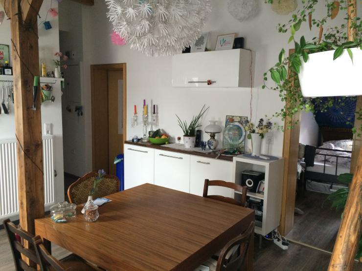 tausche wundersch ne maisonette dachgeschosswohnung wg geeignet gegen singlewohnung wohnung. Black Bedroom Furniture Sets. Home Design Ideas